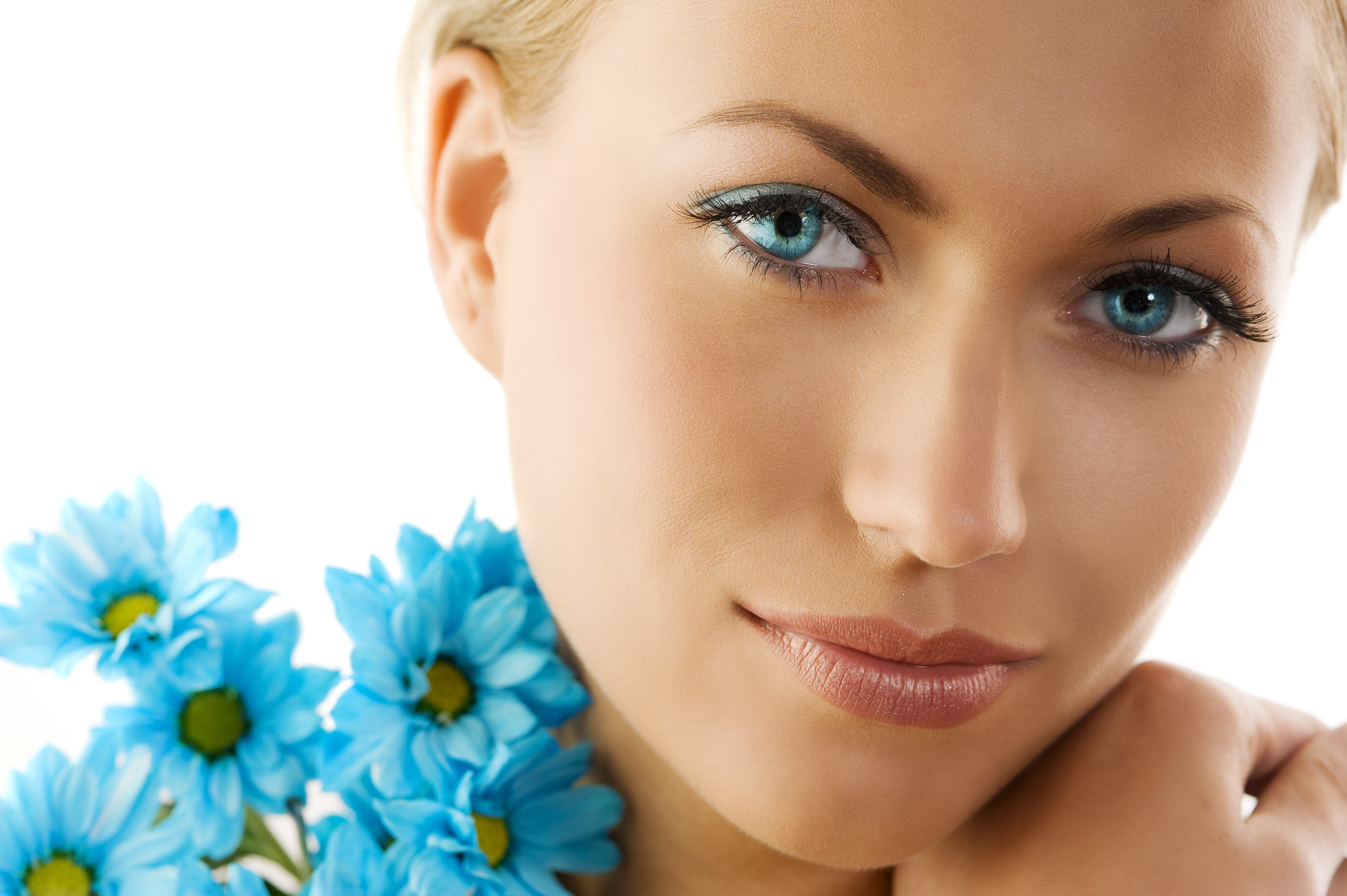 Home skin renewal systems beautiful skin starts here with our facial services menu we offer a wide variety of luxurious skin care options to meet any needs xflitez Images